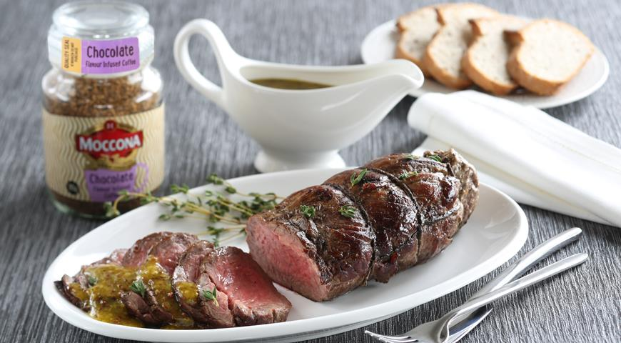Roast beef with coffee aroma and mustard sauce