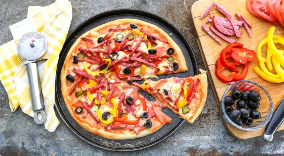 Pizza with smoked sausage