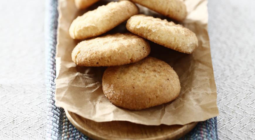Loose cinnamon biscuits