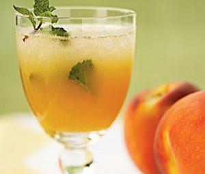 Peach juice with strawberry ice