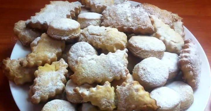 Shortbread cookies on margarine