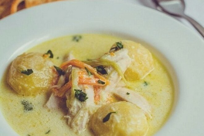 Belgian chicken soup