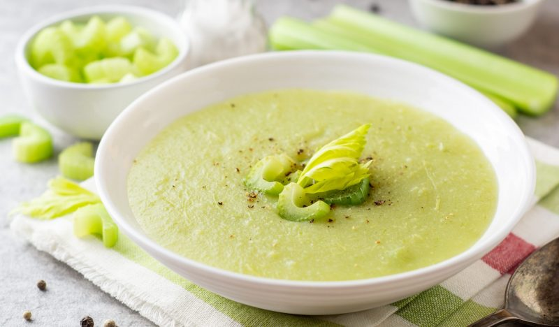 Celery soup with cheese
