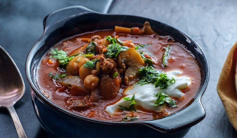 Lamb soup with chickpeas