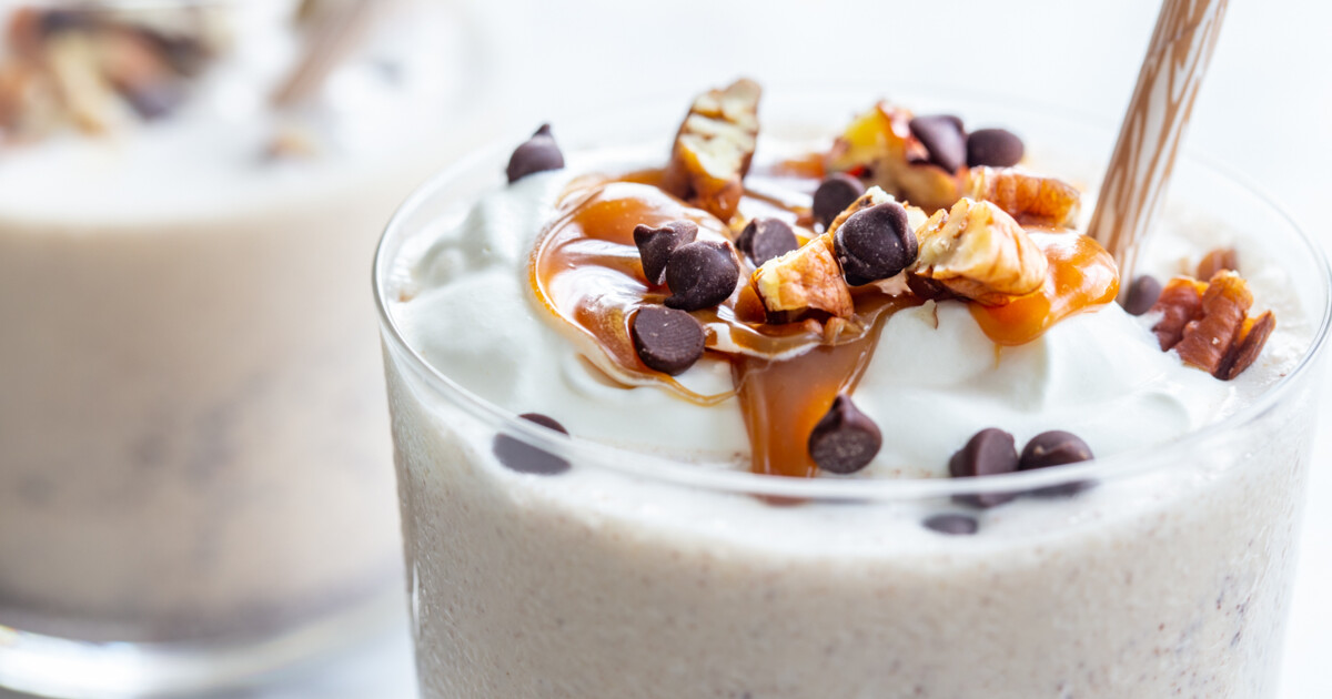 Milkshake with nuts and caramel
