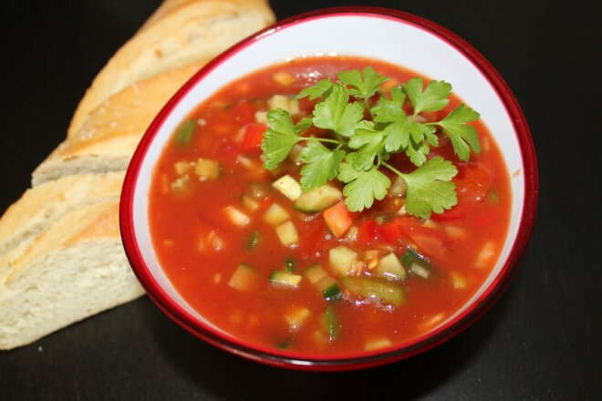 Hot gazpacho with meat