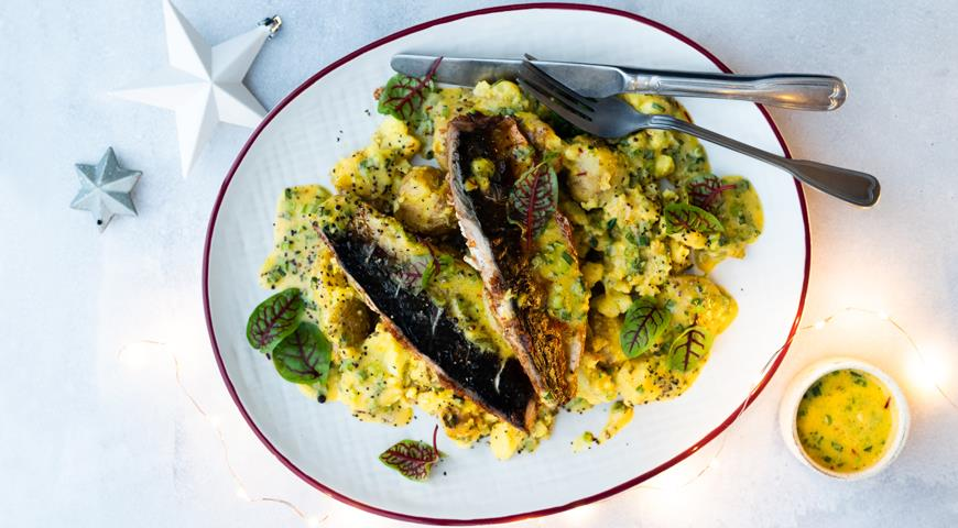 Baked Mackerel with Paprika and Potatoes by Gordon Ramsay