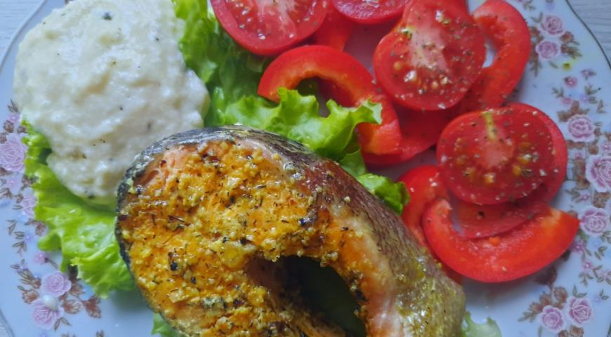 Tuscan red fish with creamy cheese sauce
