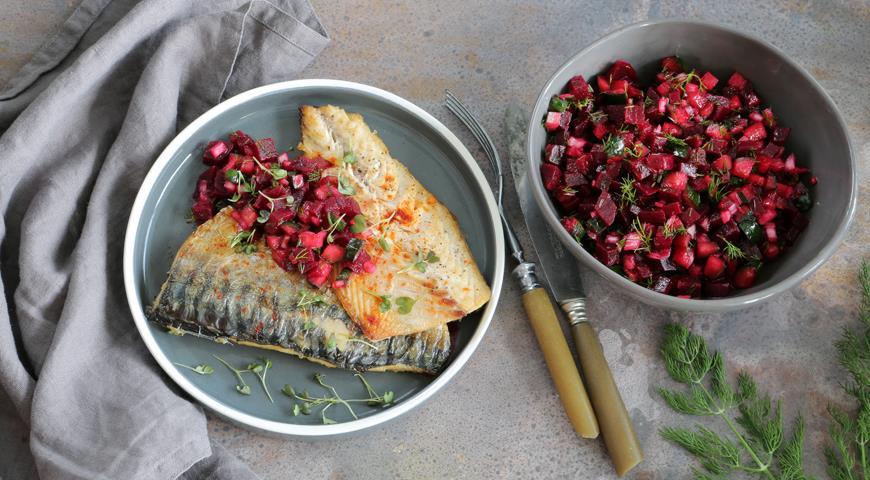 Grilled mackerel with summer vinaigrette
