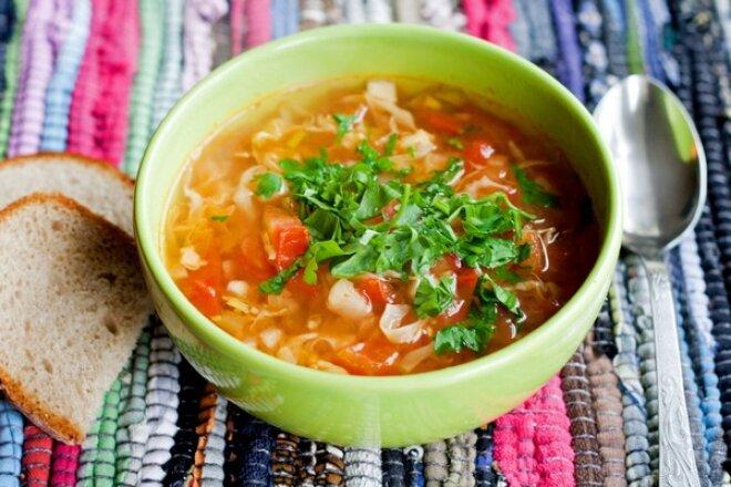 Bonn vegetable soup with ginger