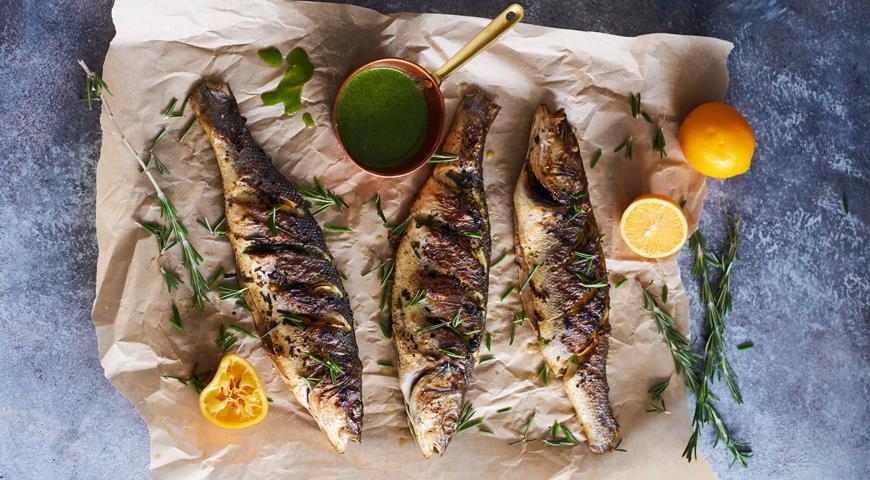 Charcoal seabass with aromatic herbs and Uzbek lemon
