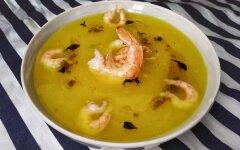 Pumpkin puree soup with shrimps