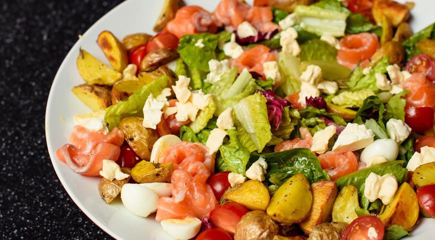 Finnish salad with light salted salmon