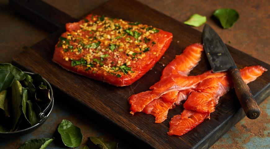 Salmon Taylax