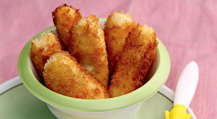 Fried fish sticks