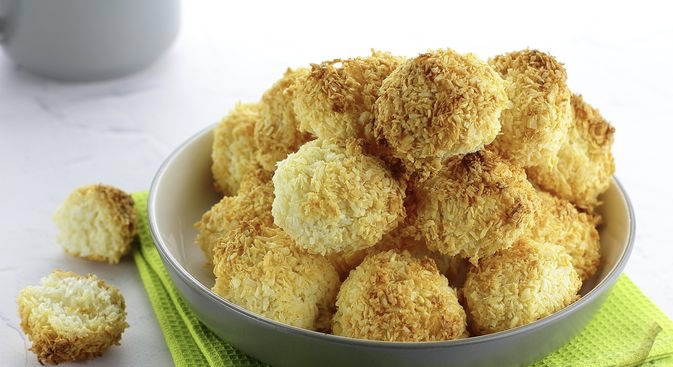 Coconut cookies with condensed milk