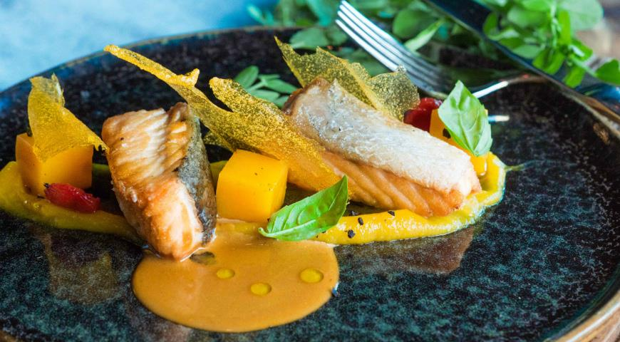Salmon with pumpkin and bisque