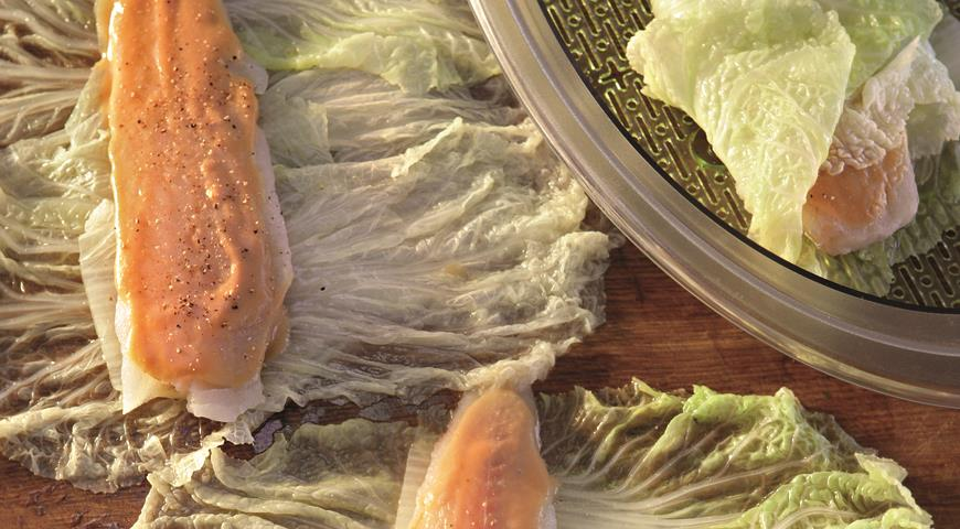 Fish in Peking Cabbage Leaves