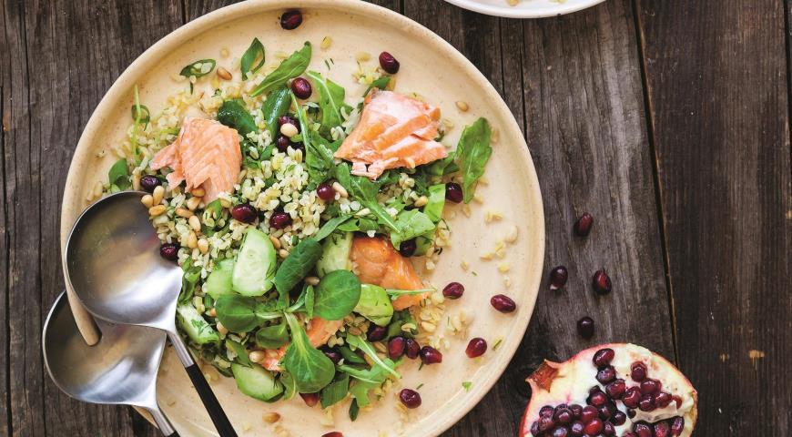 Bulgur salad with fish