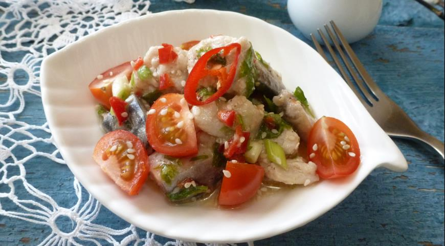 Mackerel ceviche with tomatoes