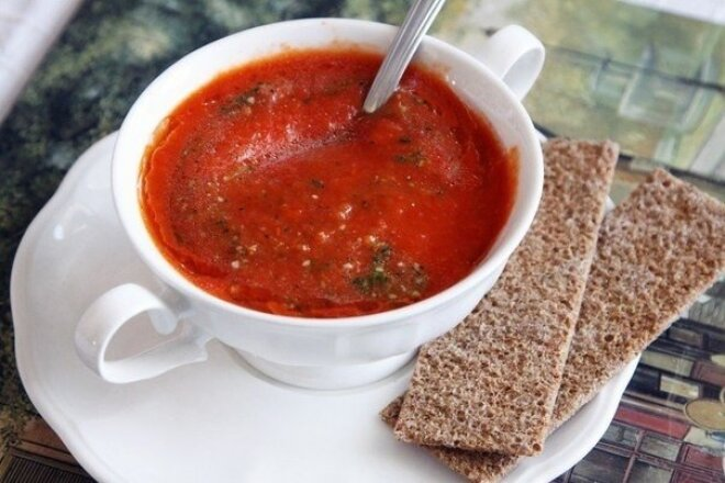 Tomato soup made from baked tomatoes and peppers