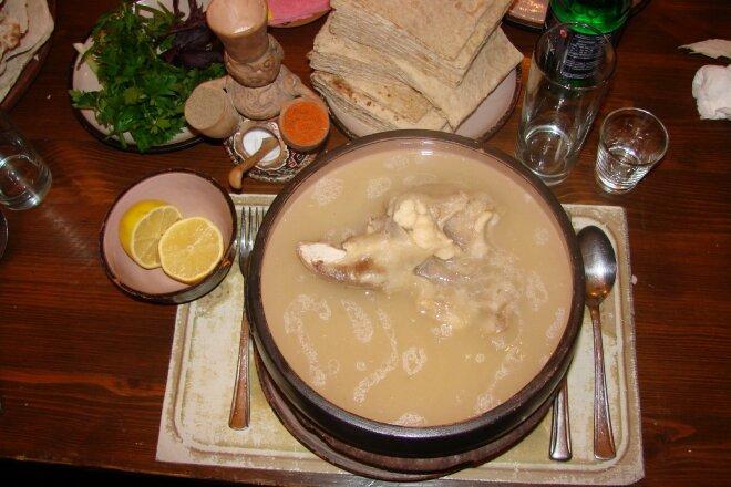 Pork leg khash with radish