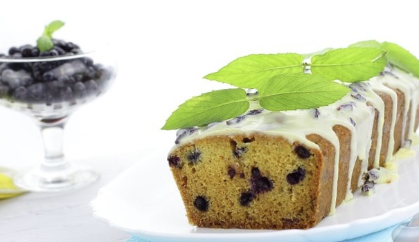 Blueberry muffin with white chocolate icing