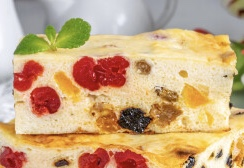 Cottage cheese casserole with dried fruits