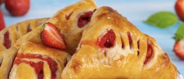 Strawberry puffs
