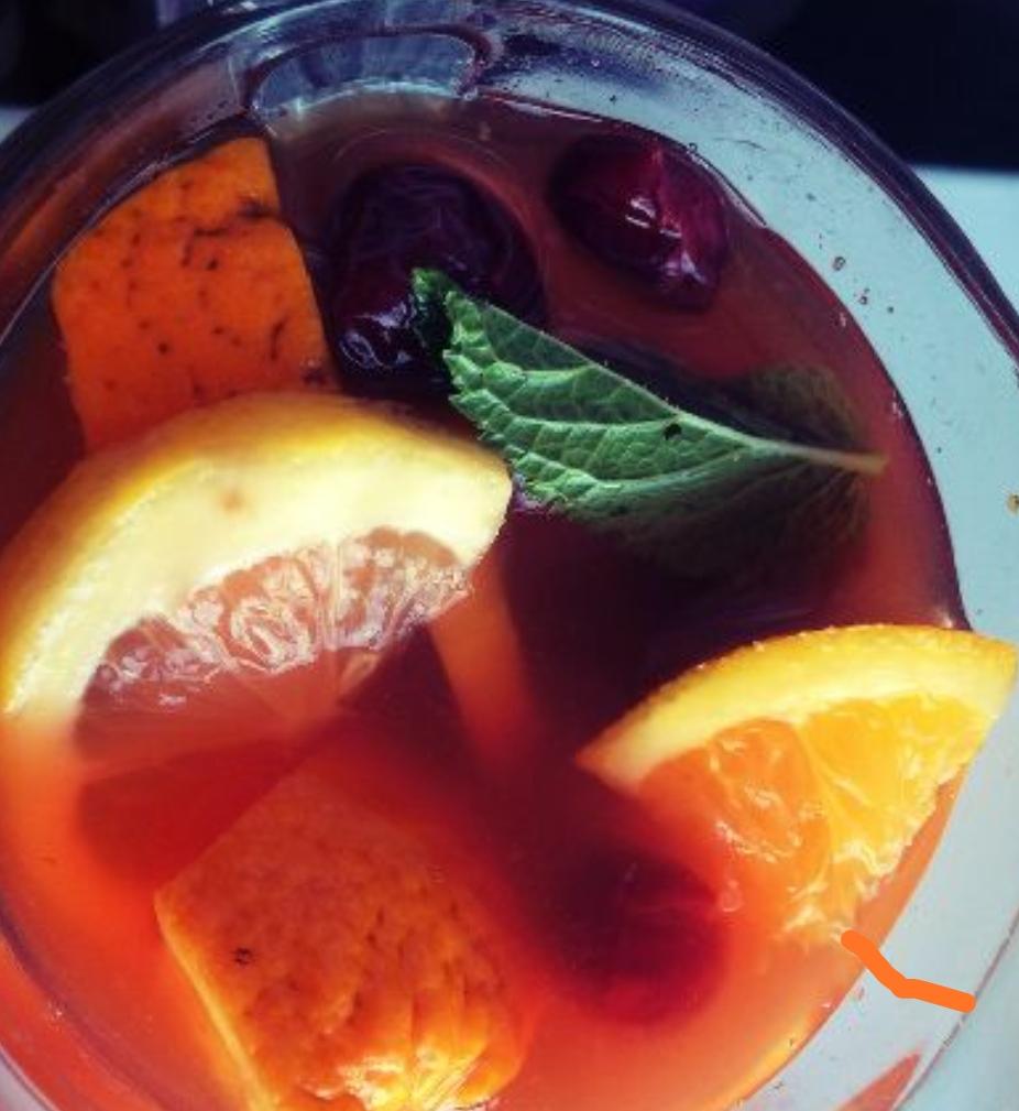 Cold mint tea with citrus