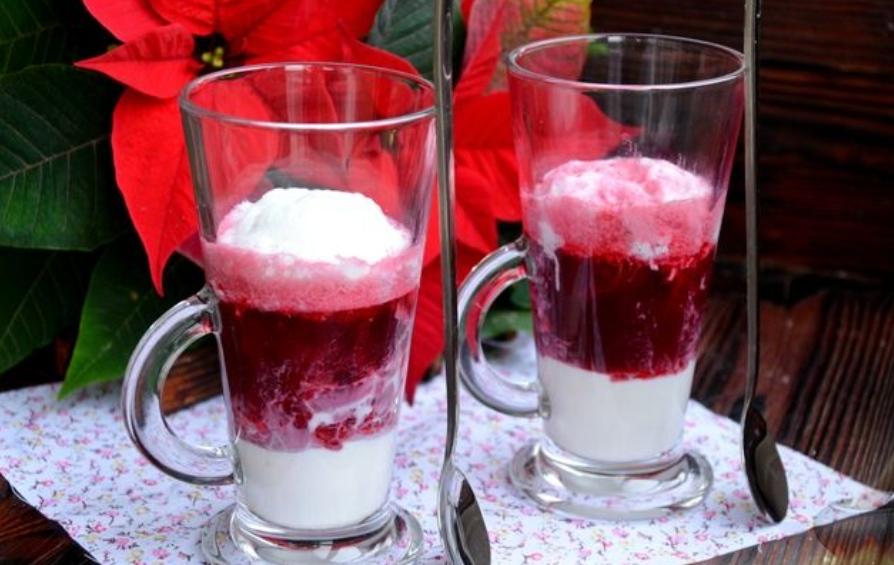 Hibiscus tea with milk