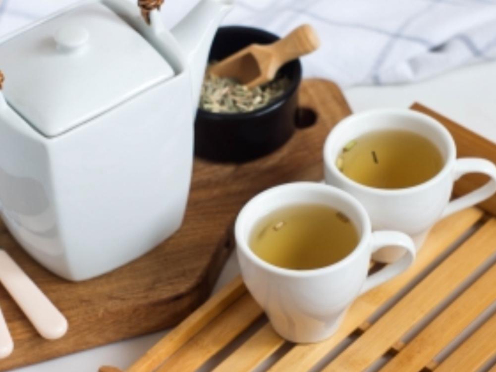 Chinese lemongrass tea