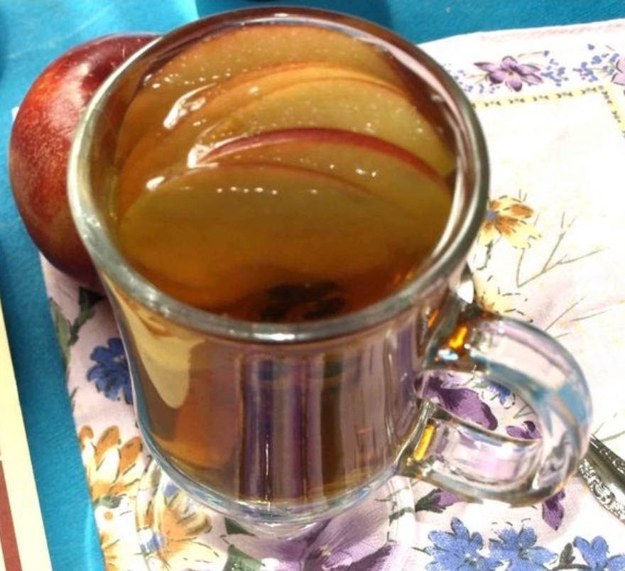 Apple pie tea
