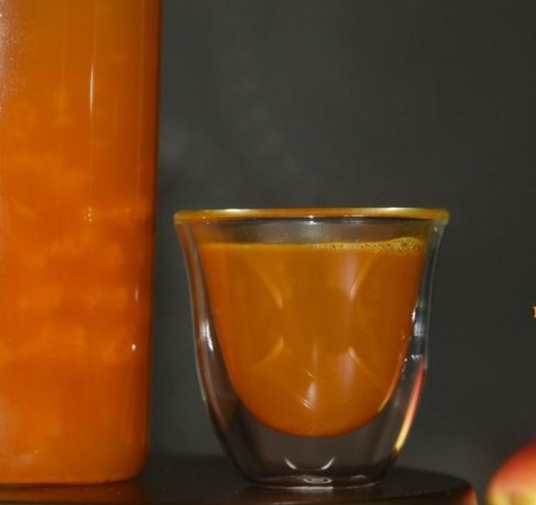 Sea buckthorn tea with pear