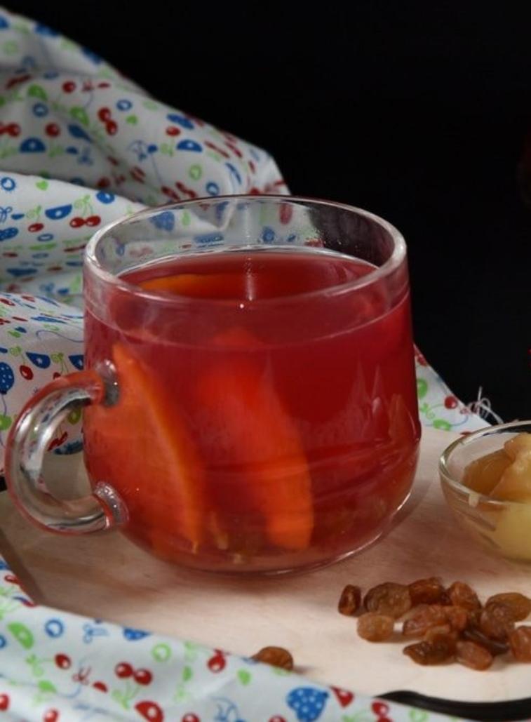 Cherry tea with raisins and orange