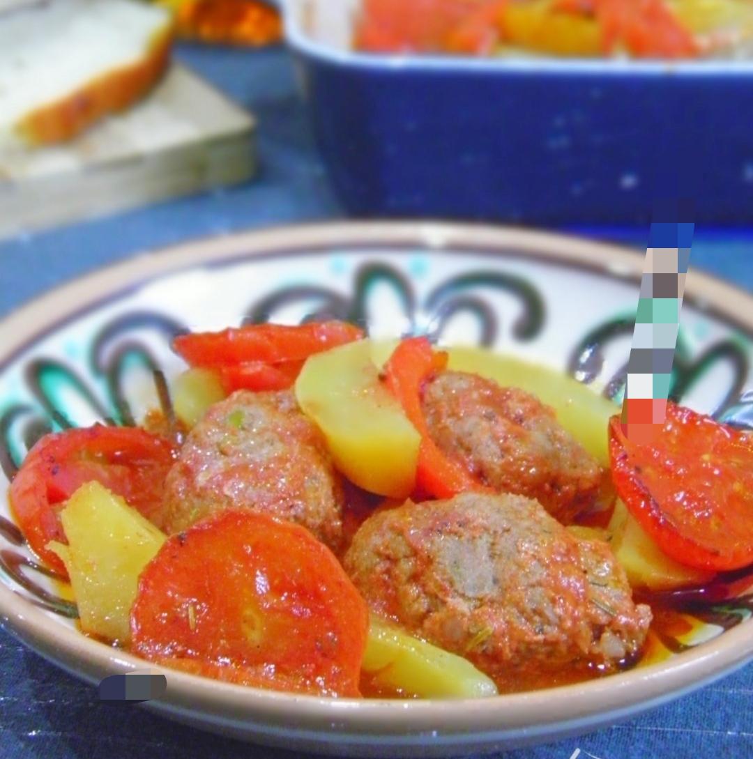 Izmir Keftesi - Traditional Turkish Dish