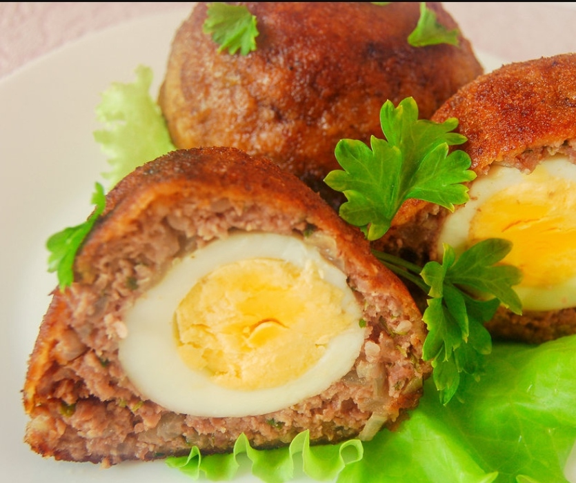 Meat balls with egg