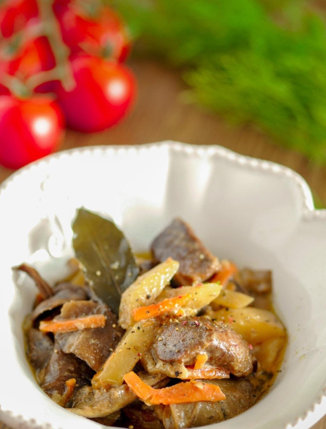 Roast beef with mushrooms