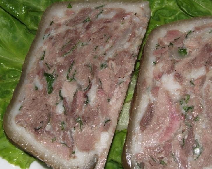Pork shank saltison