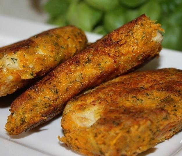 Chicken chops in carrot breading