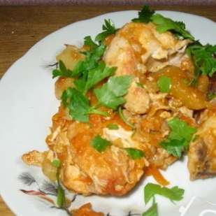 Chicken with potatoes, stewed in sour cream