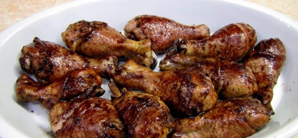 Chicken legs baked in wine