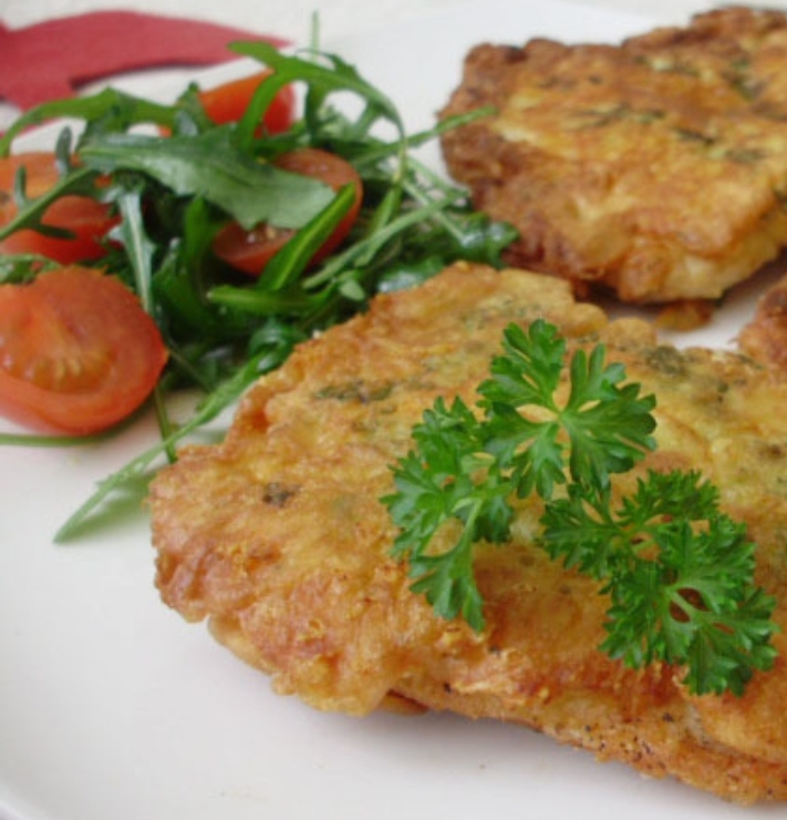 Chicken chops with cheese and herbs