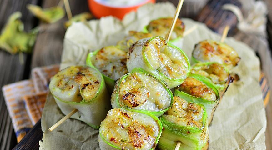 Tilapia on skewers with zucchini