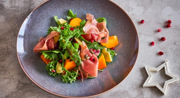 Salad with Prosciutto, Persimmon and Truffle Cheese