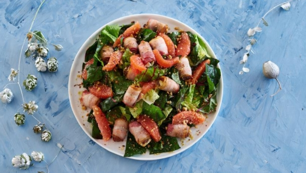 Green Salad with Hot Dates in Bacon