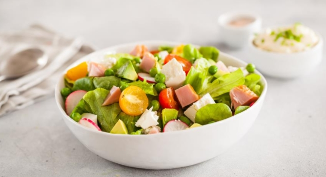 Chicken Salad with Green Peas and Feta