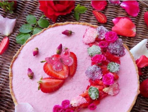 Crostata with Strawberries and Ricotta (Crostata con Fragola)