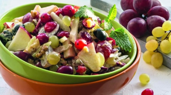 Waldorf Salad with Cranberries and Grapes