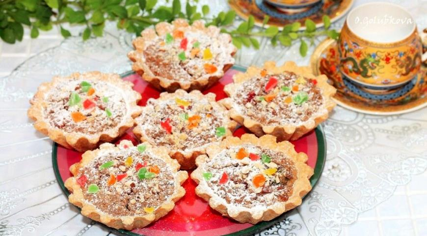 Sweet tartlets with rice filling